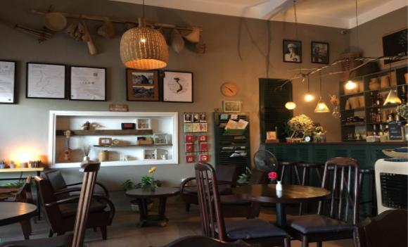Tree Hugger Cafe