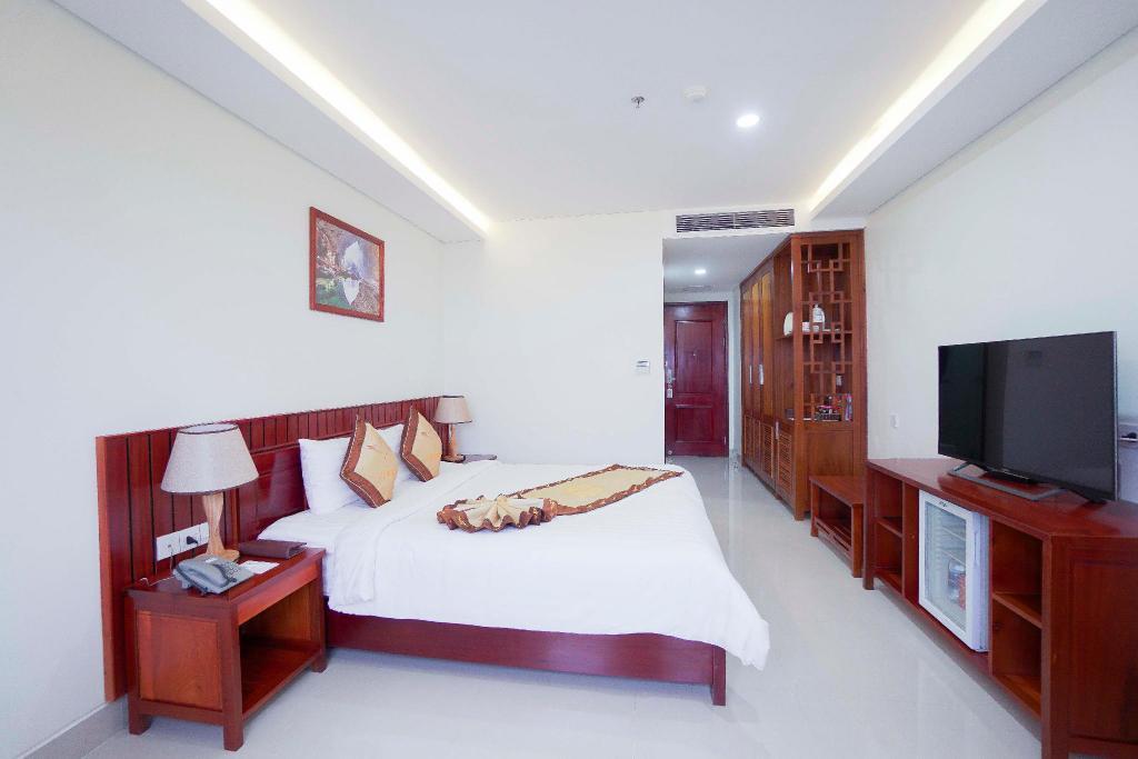 Phòng ngủ sang trọng tại Vĩnh Hoàng Hotel