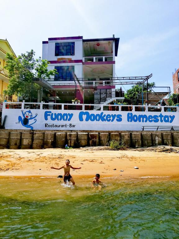 Funny Monkeys Homestay