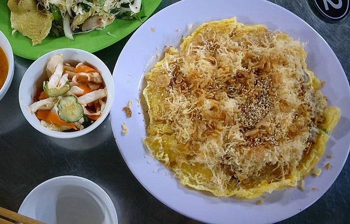 Xôi chiên trứng Tùng Dương