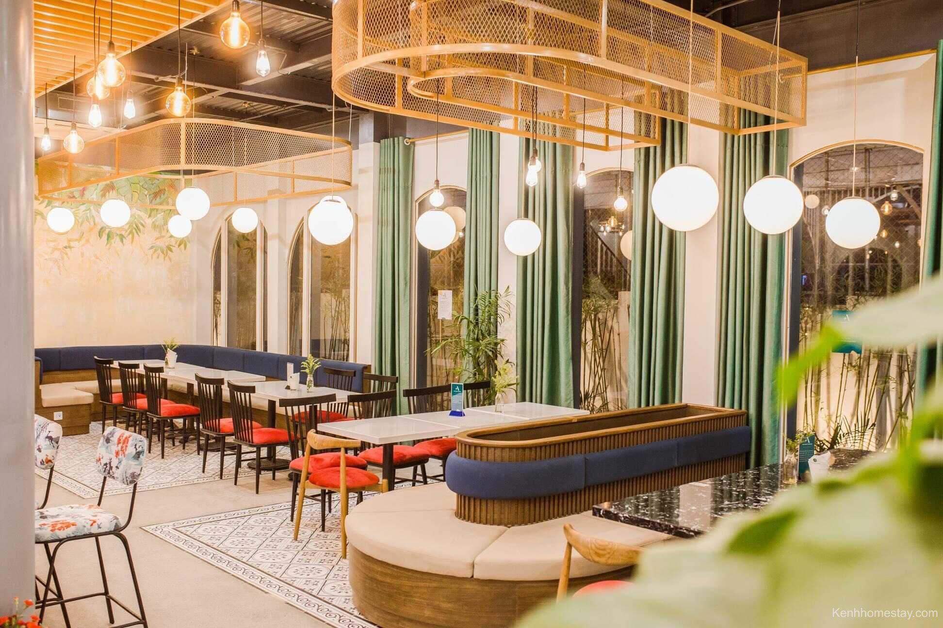 The Ayatt Coffee với không gian hiện đại và sang trọng