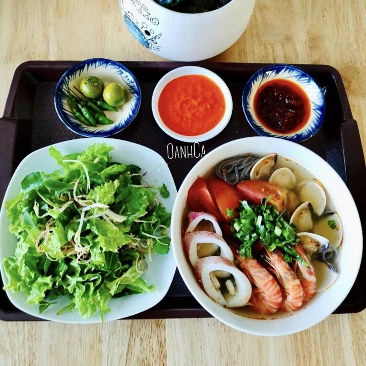 Cam Thuong quán – Bún Healthy
