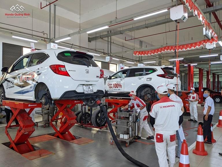 Đội ngũ nhân viên tại Honda ô tô Quảng Bình lành nghề và chu đáo