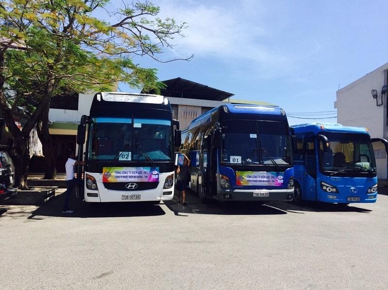Dàn xe của Công ty TNHH Du lịch Thám hiểm Phong Nha cho thuê xe Quảng Bình