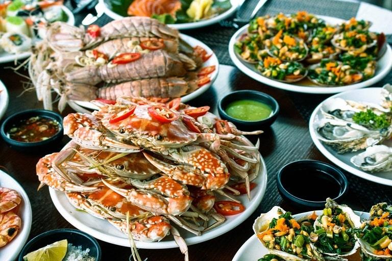 Những món ăn tươi ngon tại biển Nhật Lệ